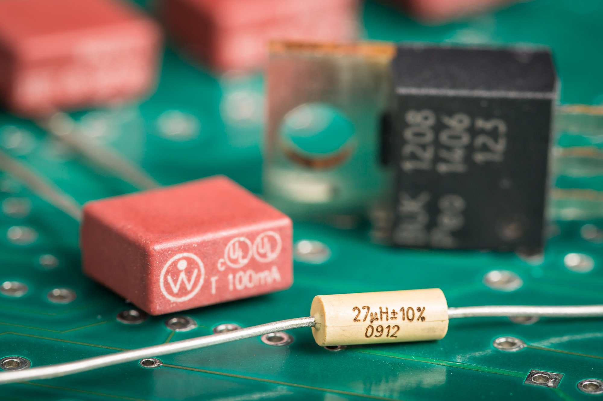 Laser-marked electronic components